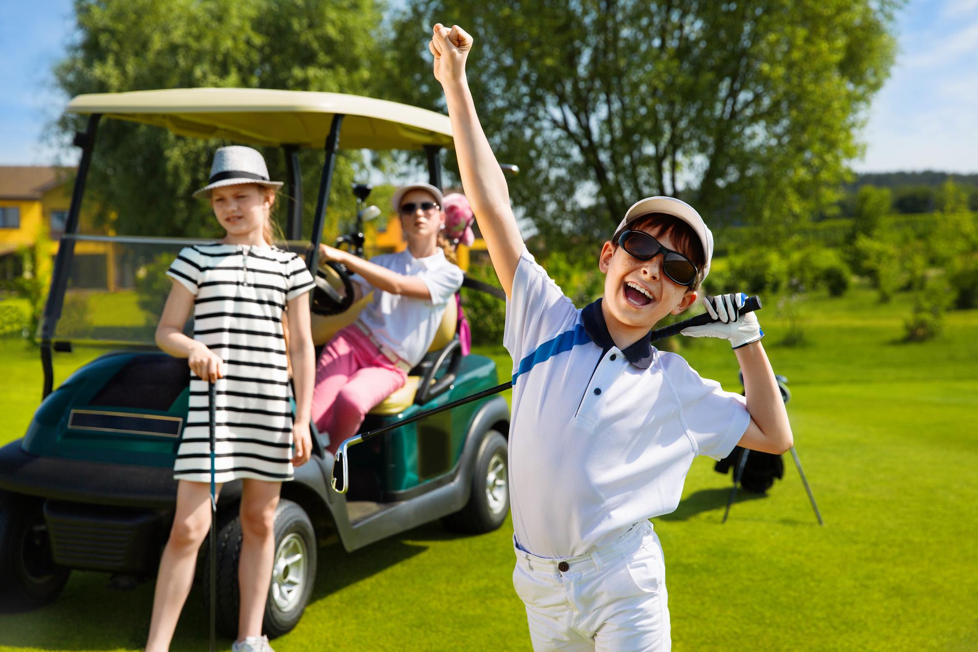 FUN CLUB – Stages Golf pour vos enfants / Noël